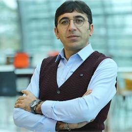 Dr. Turgay Münyas